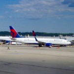 Delta Cancels Hundreds of Flights on Holiday Weekend, Leaving Many to Fend for Themselves
