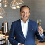 United Airlines CEO Munoz to Step Down Next Spring