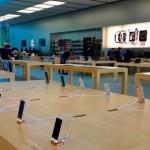 Apple Unveils New $399 iPhone SE