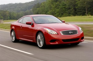 InfinitiG37 red (Large)