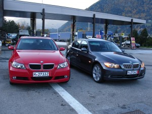 The author's brand new BMW 330xi was followed by a red BMW 3er across the Brenerpaß.