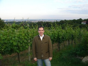 The author at Weingut am Reisenberg, a Heuriger