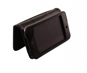 Sena_Premium_Stand_Case__iPod_touch_2G_sporty_black_Open_Video_Stand