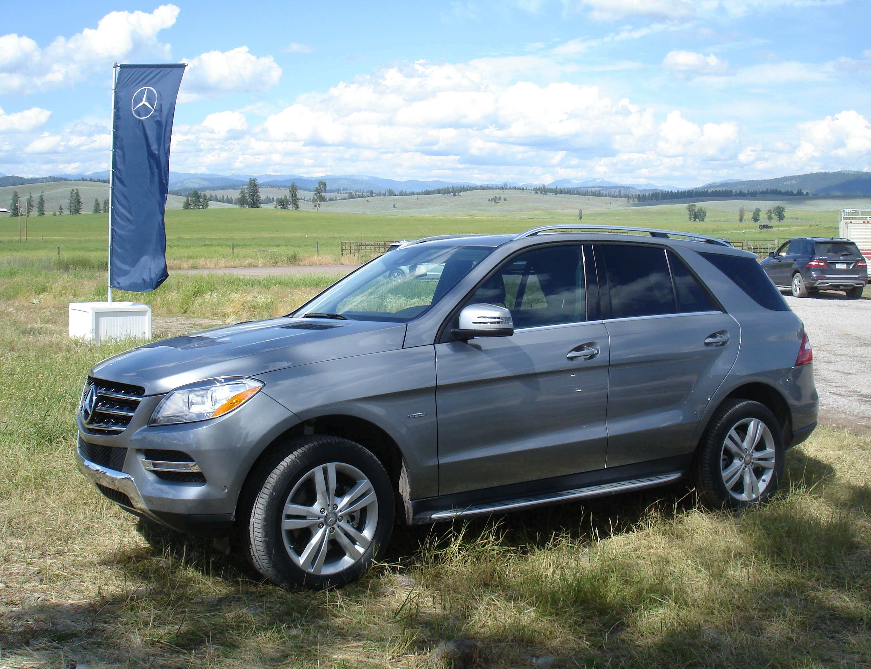 2012 mercedes benz ml350 4matic and ml350 bluetec review for 2011 mercedes benz ml350 bluetec 4matic