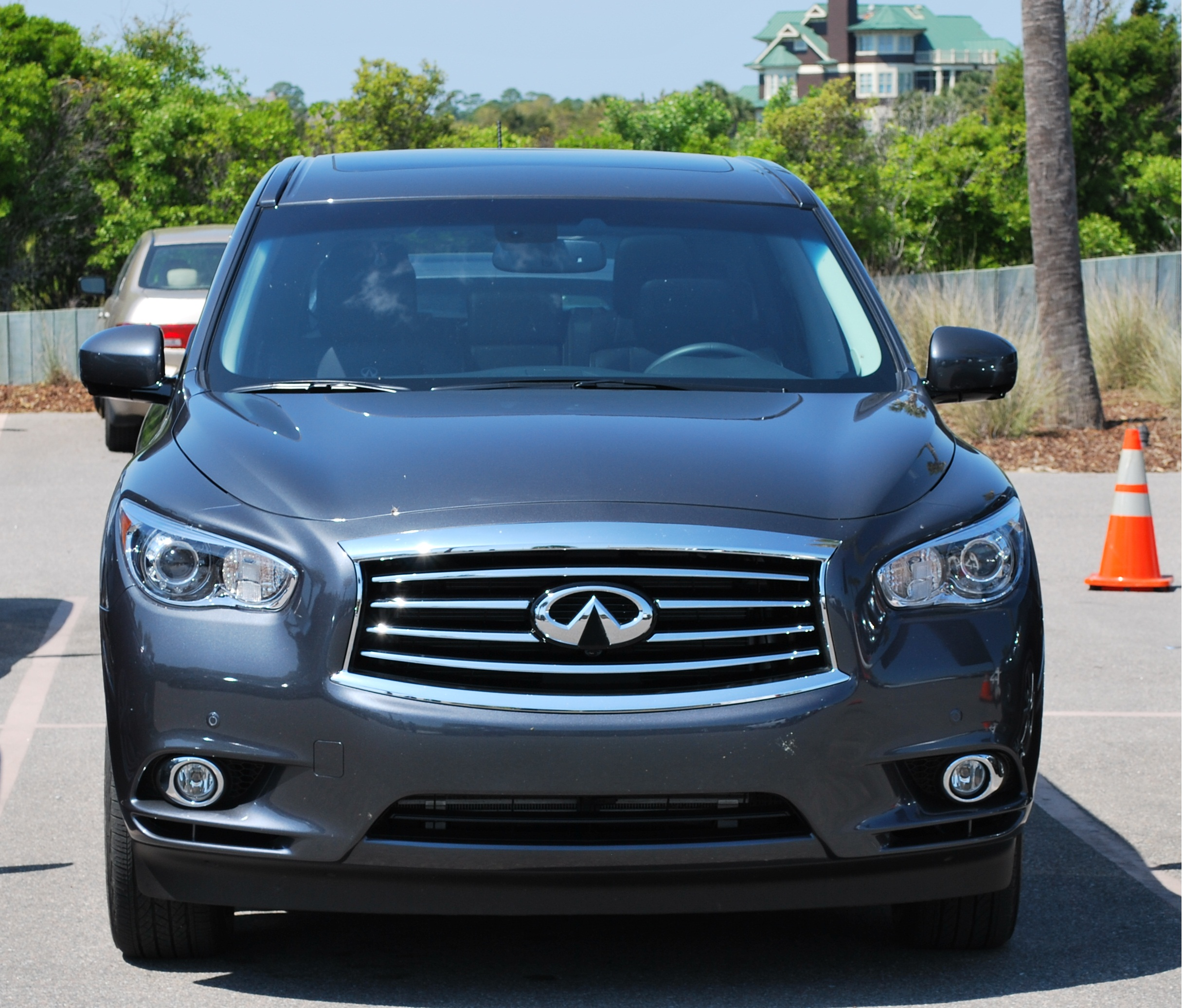 2012 Infiniti Qx Interior: 2013 Infiniti JX35 AWD Review And Test Drive