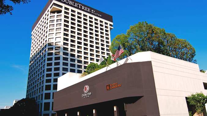 doubletree by hilton los angeles downtown opens frequent. Black Bedroom Furniture Sets. Home Design Ideas