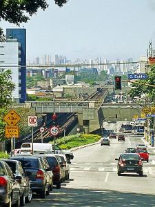 Avenida Cruzeiro do Sul, Sao Paulo