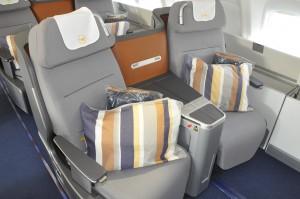 Business-class on Lufthansa Boeing 747-8