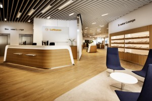 Entrance Lufthansa's Senator and Business Lounges