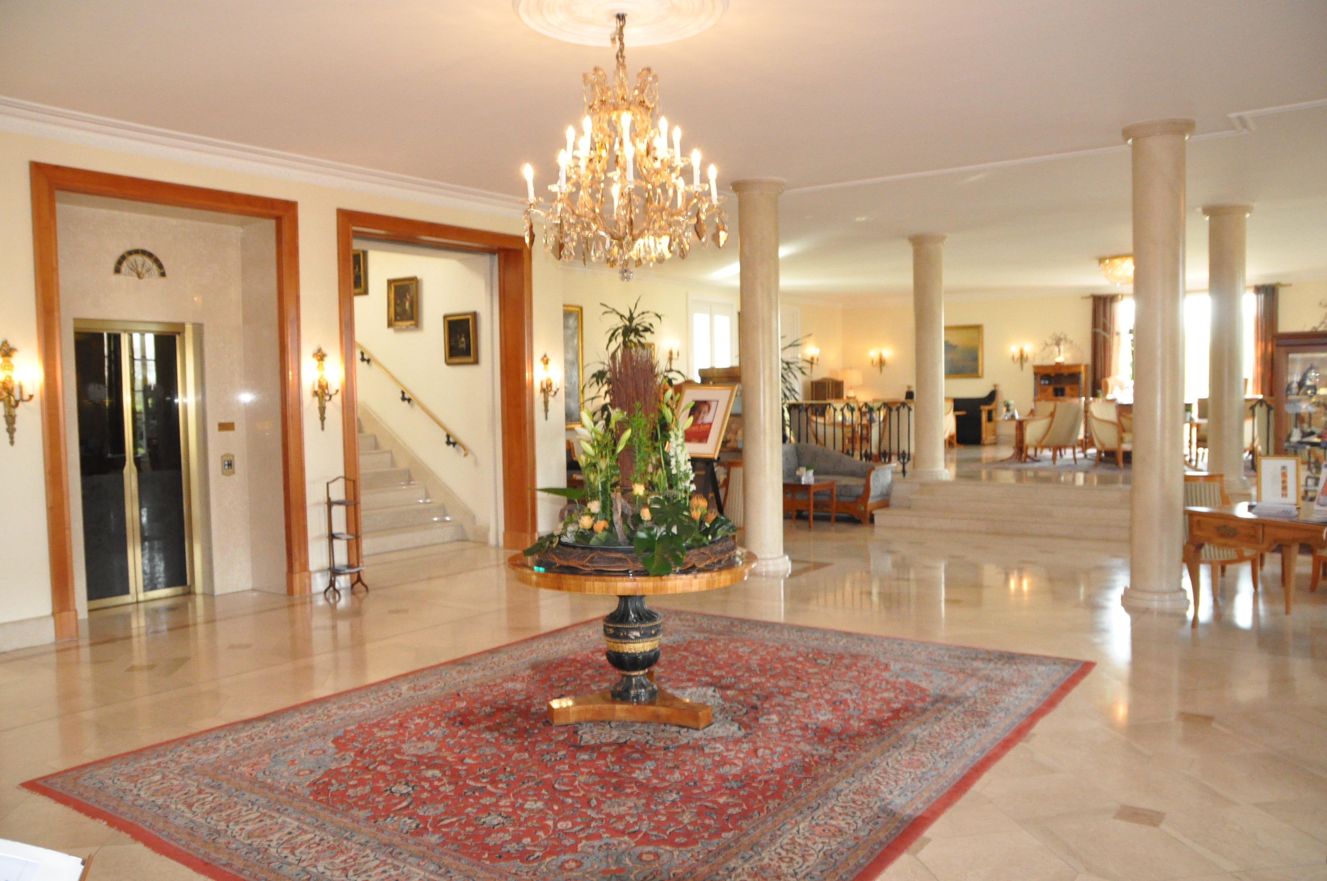 schlo reinhartshausen k nigstein im taunus germany hotel review frequent business traveler. Black Bedroom Furniture Sets. Home Design Ideas