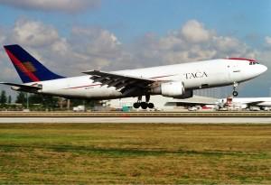 A TACA Airbus A300