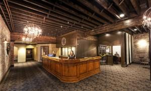 Hotel Ballard front desk