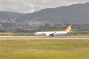 GOL 737 on the runway in São Paulo