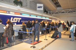 Passengers awaiting rebooking after 787 grounding