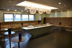 Champagne Bar, BA Galleries First Lounge in T3