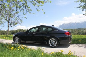 A BMW ActiveHybrid 5 in Azurite Black Metallic