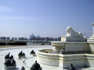 James Scott Fountain and Detroit Skyline