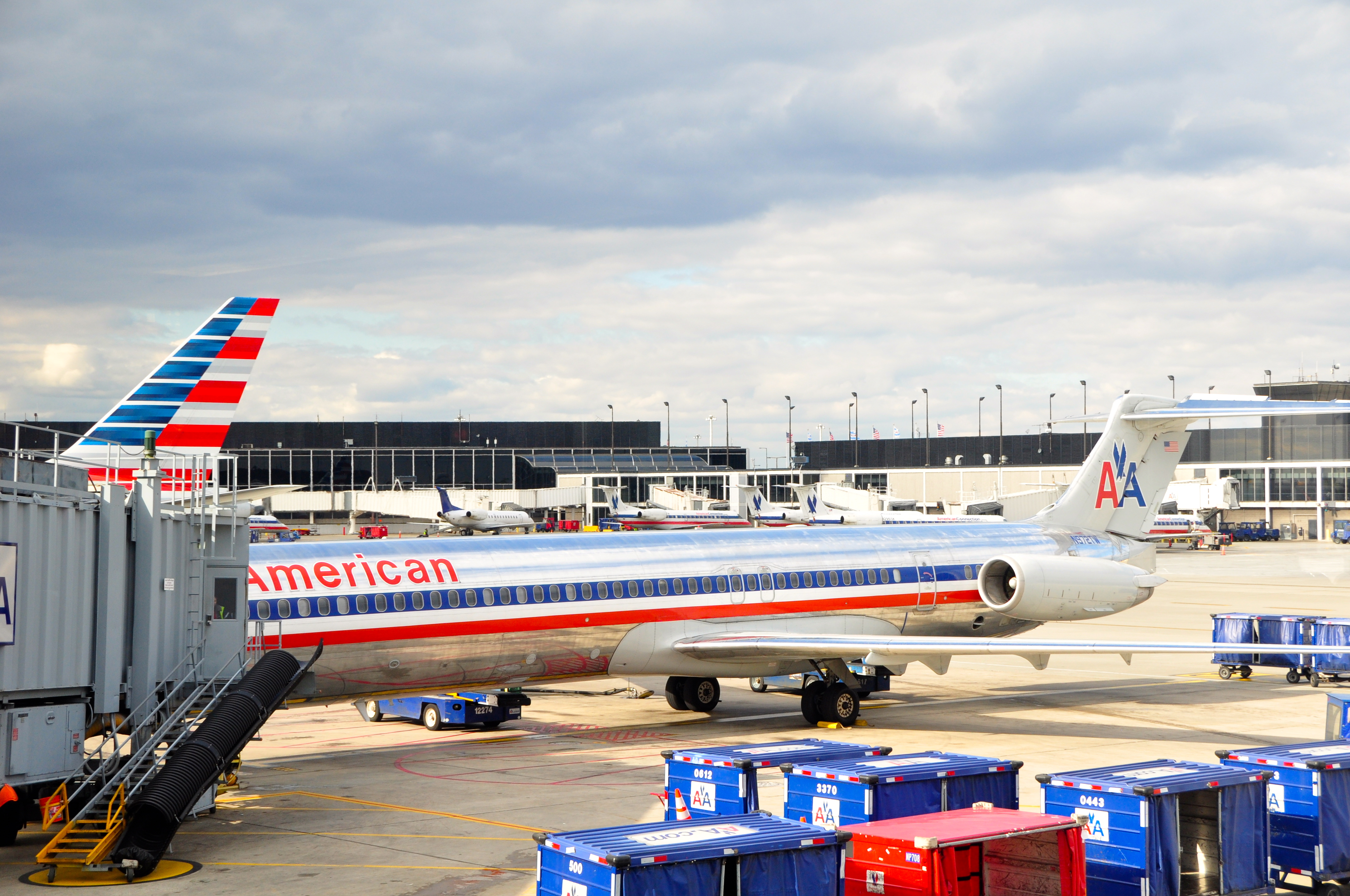 American Airlines First Class Chicago New York Laguardia