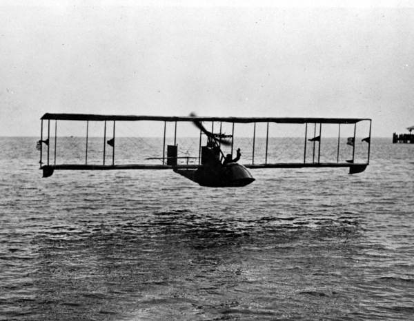 January 1, 1914: First scheduled commercial airline flight