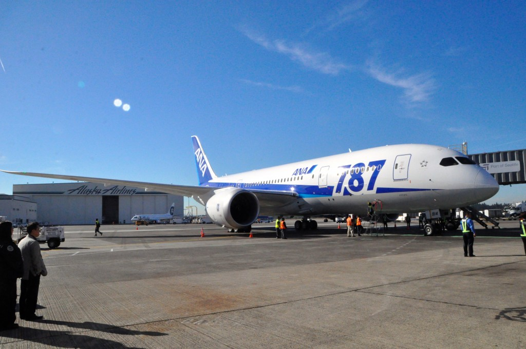 ANA's Dreamliner at its Seattle launch flight