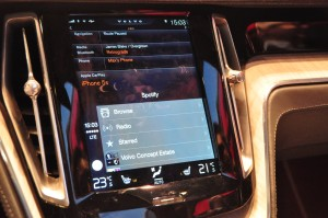 Using Apple CarPlay at the Geneva Motor Show