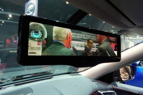 Nissan's Smart Review Mirror