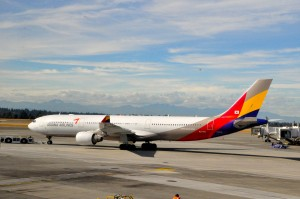 An Asiana A330 in Seattle
