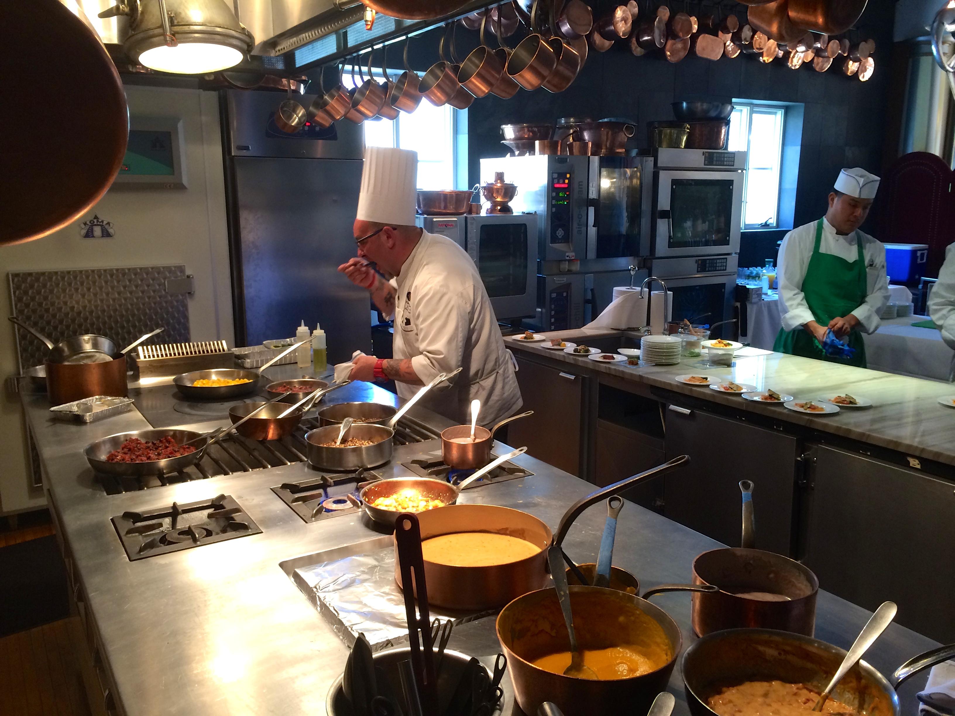 Lufthansa chefs in a test kitchen