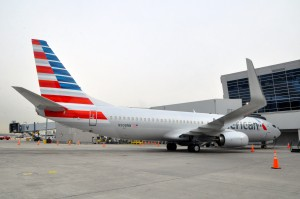 A current Boeing 737-800 in American Airlines livery