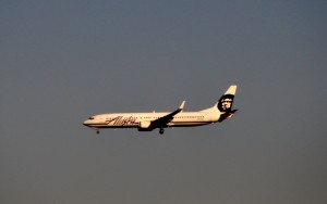 An Alaska Airlines jet landing in Los Angeles