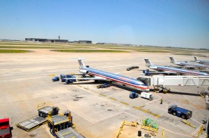merican Airlines planes at DFW