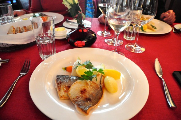 A meal at Auberge de l'Ond