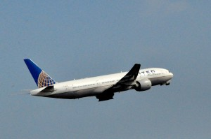 A United jet taking off in Newark