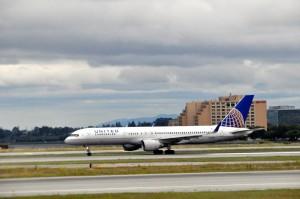 United aircraft at LAX