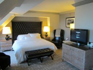 A Westin hotel room