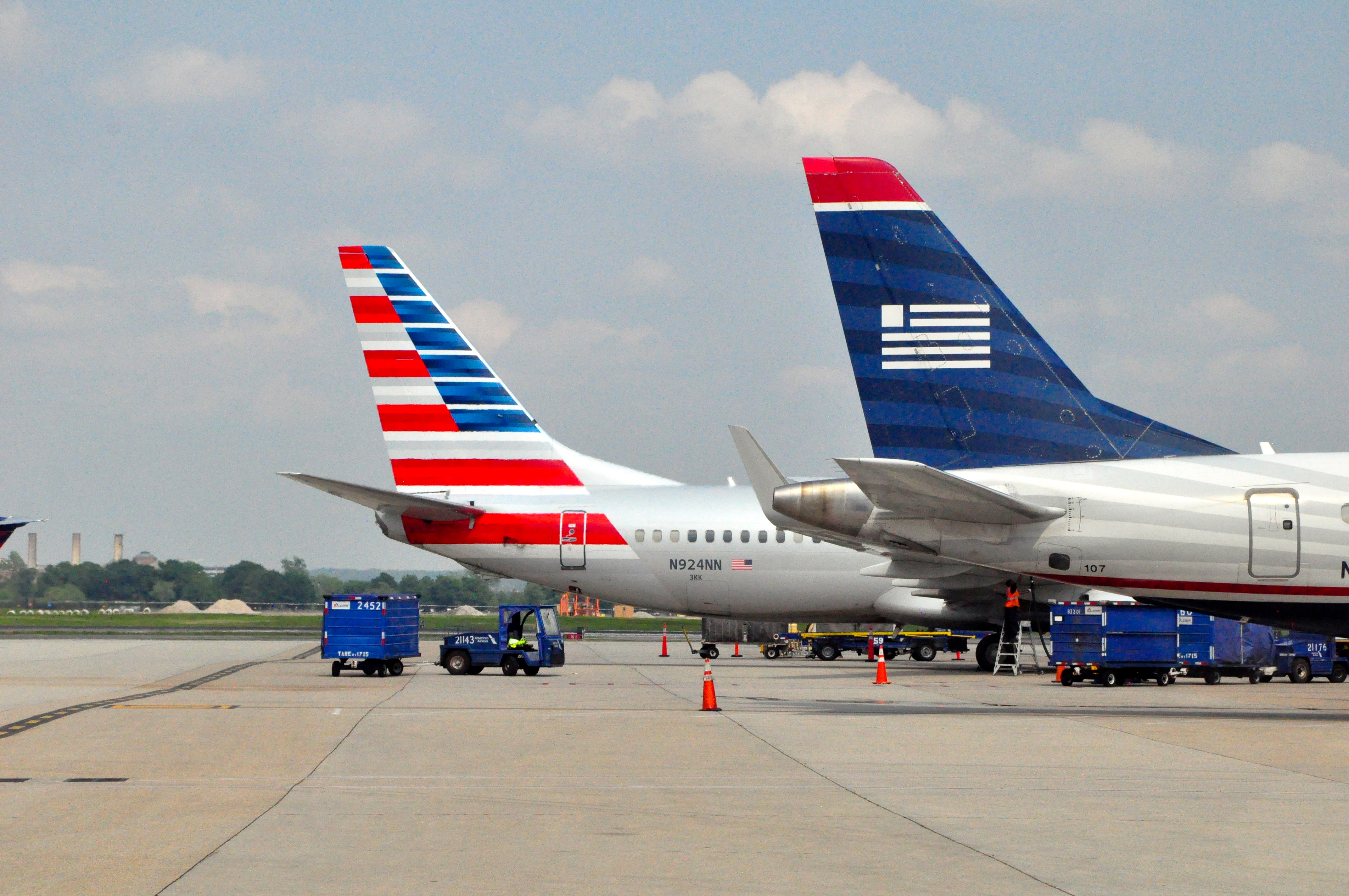 american airlines essay American airlines announced a new pricing strategy that they believed would address concerns and benefit the company conduct further research on american airlines' value pricing.