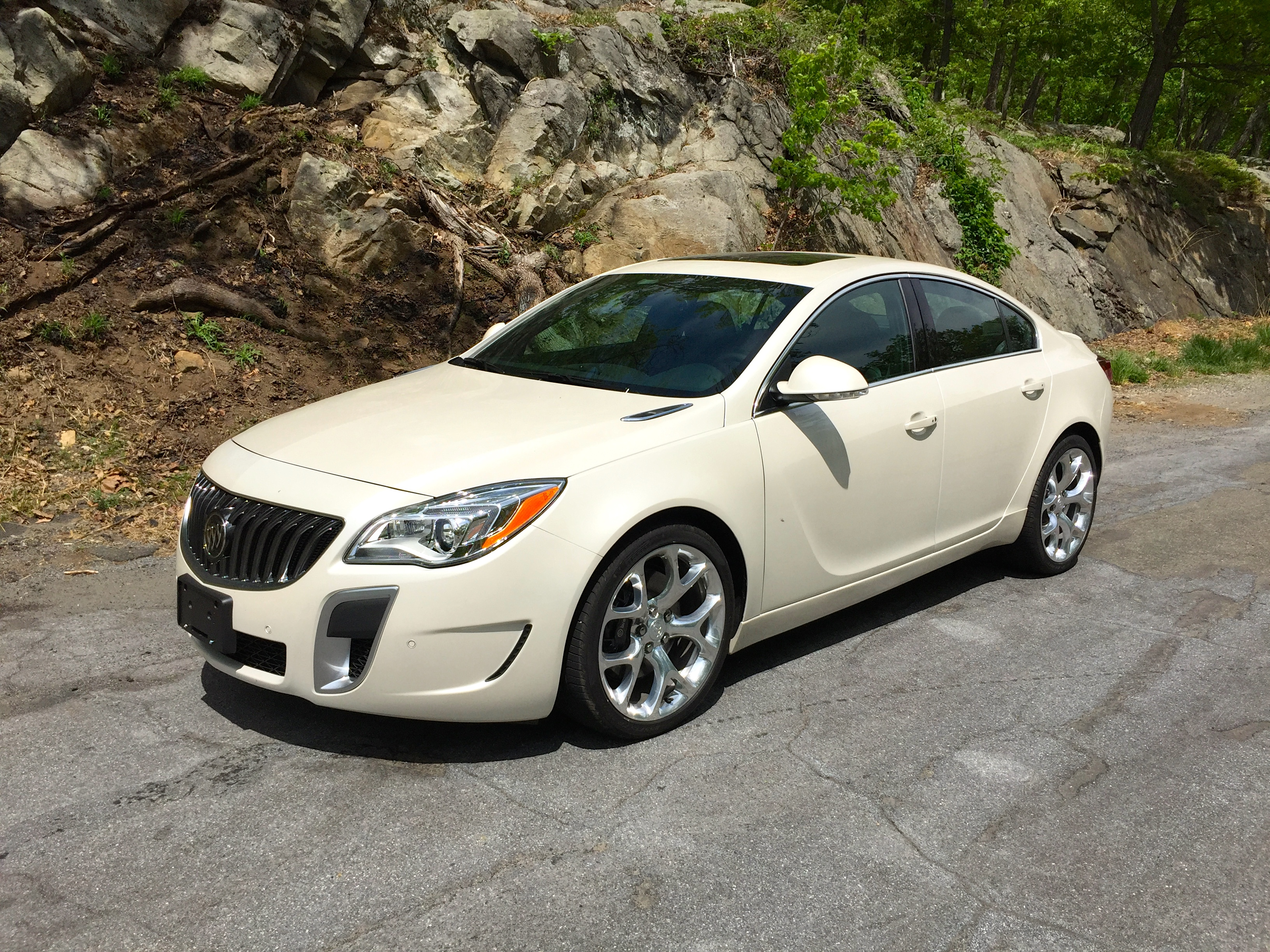 2015 buick regal gs review and test drive frequent business traveler. Black Bedroom Furniture Sets. Home Design Ideas