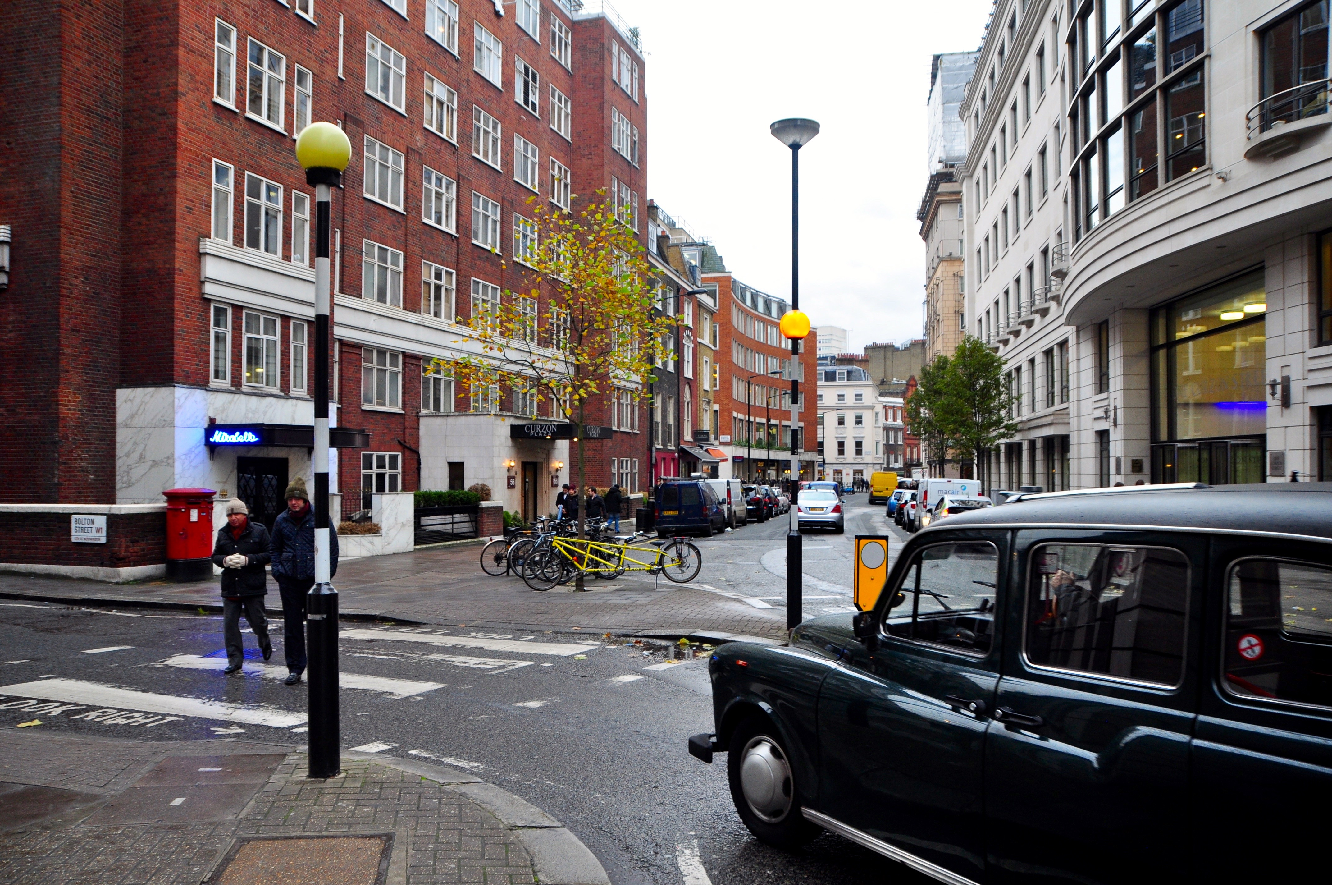 A hackney carriage in London