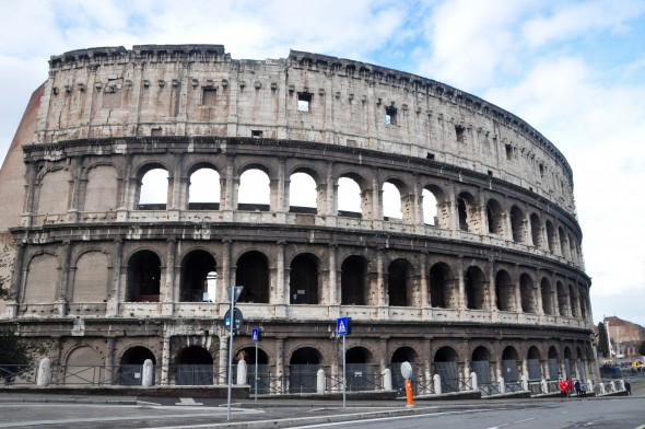 Rome's Colosseum: No selfies allowed