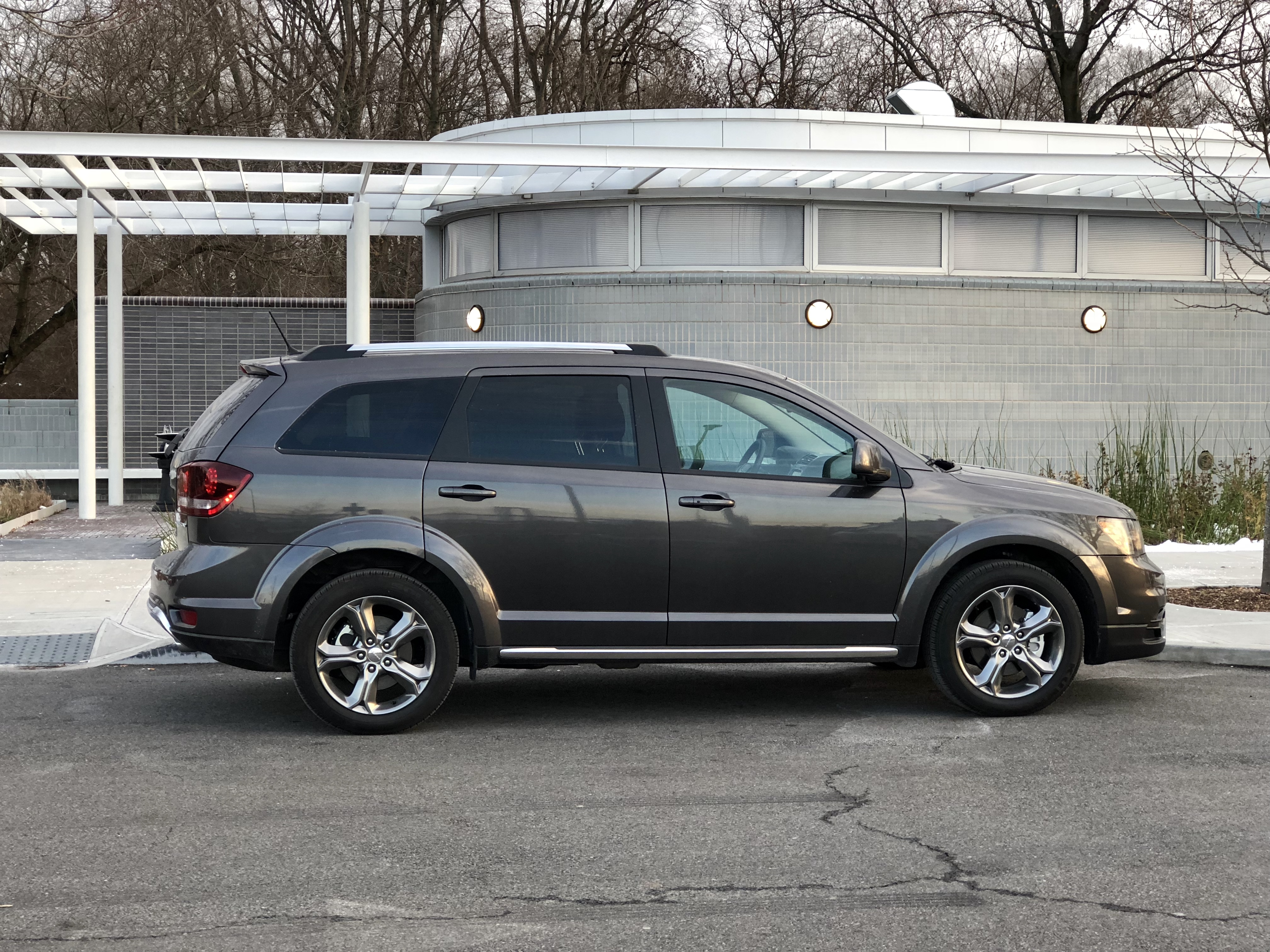 review and test drive 2017 dodge journey crossroad plus awd frequent business traveler. Black Bedroom Furniture Sets. Home Design Ideas