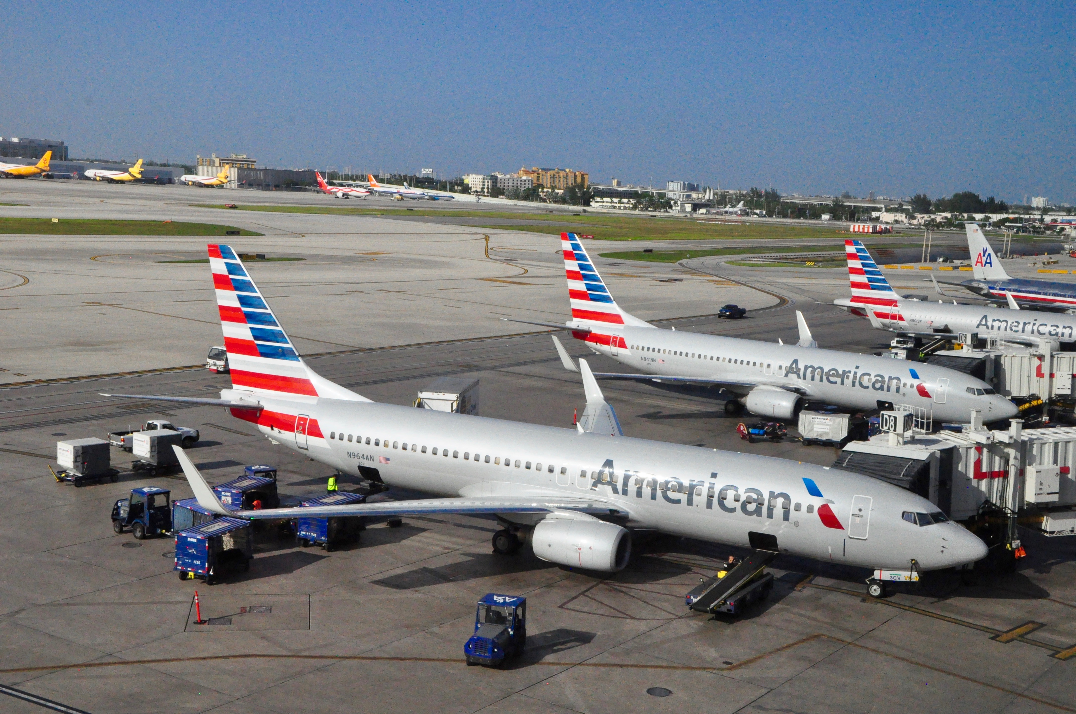 U.S. lawmakers expected to back $15 billion in airlines payroll assistance